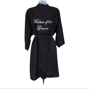 Mother of the Groom robe M / L embroidered black